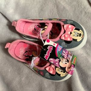 Other - BNWT Minnie Mouse shoes